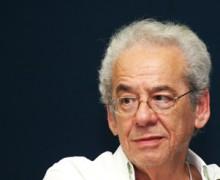 Roberto Gomes no Paiol Literário. Foto: Matheus Dias