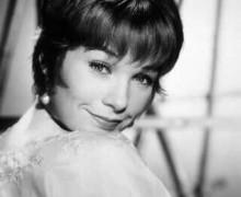 Shirley McLaine tinha pouco daquela atriz charmosa que dançava e acontecia