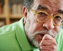 """Fernando Morais abre o projeto """"Um escritor na biblioteca"""" em 2012"""