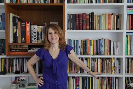 """Adriana Armony, autora de """"Estranhos no aquário"""""""