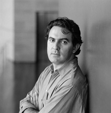 """Juan Gabriel Vásquez, autor de """"O ruído das coisas ao cair"""""""