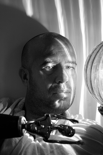 """O escritor mexicano Mario Bellatin, autor de """"Flores"""""""