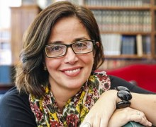 Cristiane Costa, autora de Sujeito oculto