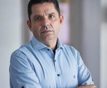 Miguel Sanches Neto, autor de A segunda pátria