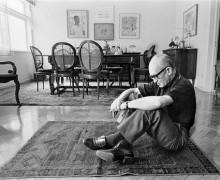 Carlos Drummond de Andrade, autor do poema Mancha