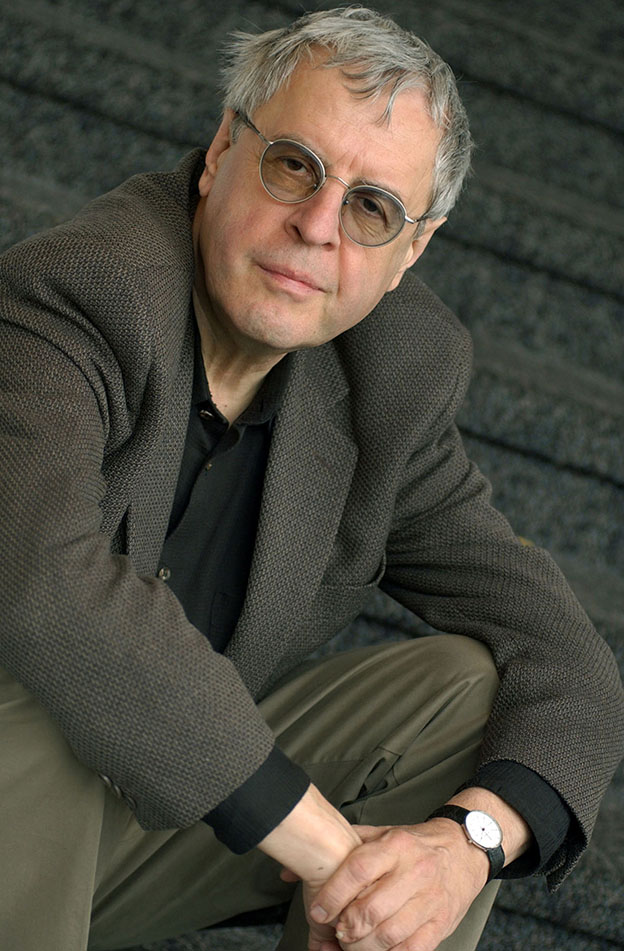 ** ADVANCE FOR WEDNESDAY, NOV. 5 **Pulitzer Prize winning poet Charles Simic, pictured May 13, 2003, in New York, has been nominated for a prestigious National Book Award for the third time. (AP Photo/Richard Drew)