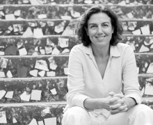 Luize Valente, autora de Uma praça em Antuérpia