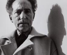 Jean Cocteau, autor de A dificuldade de ser
