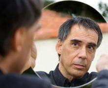 Arnaldo Antunes, autor de agora aqui ninguém precisa de si