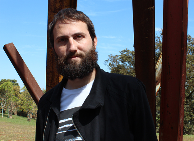 Julián Fuks, autor de A resistência