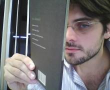 O poeta carioca Leandro Jardim