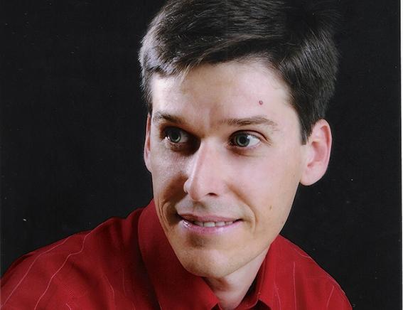 Whisner Fraga, autor de Lúcifer e outros subprodutos do medo
