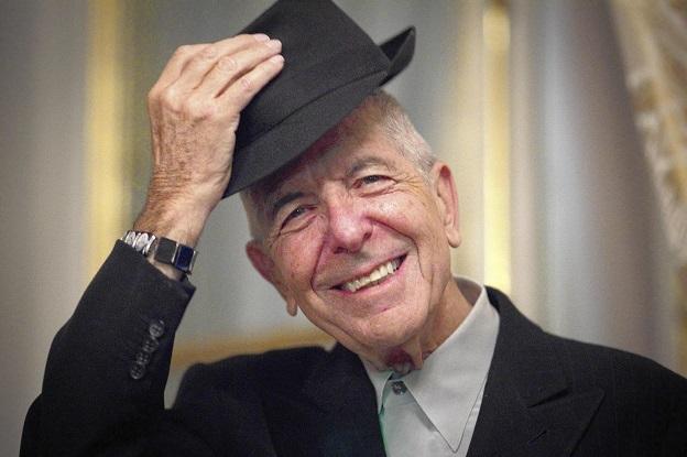 O cantor e poeta canadense Leonard Cohen.