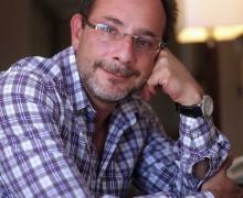 23 de Noviembre de 2011/SANTIAGO_.  Imágenes para La Tercera, Cultura, del escritor mexicano Ignacio Padilla  Foto:PEDRO CERDA/AGENCIAUNO/GRUPO COPESA
