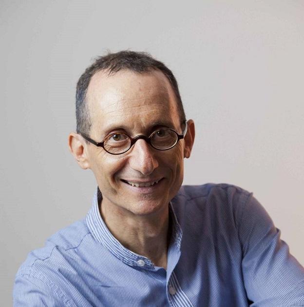 Luis S. Krausz venceu na categoria romance.
