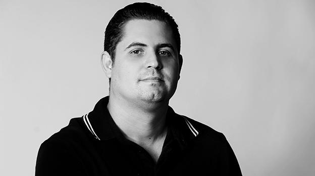 João Chiodini autor de Os abraços perdidos