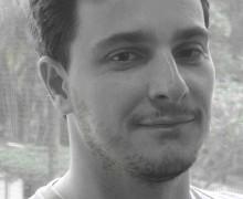 Flávio Izhaki, autor de Tentativas de capturar o ar