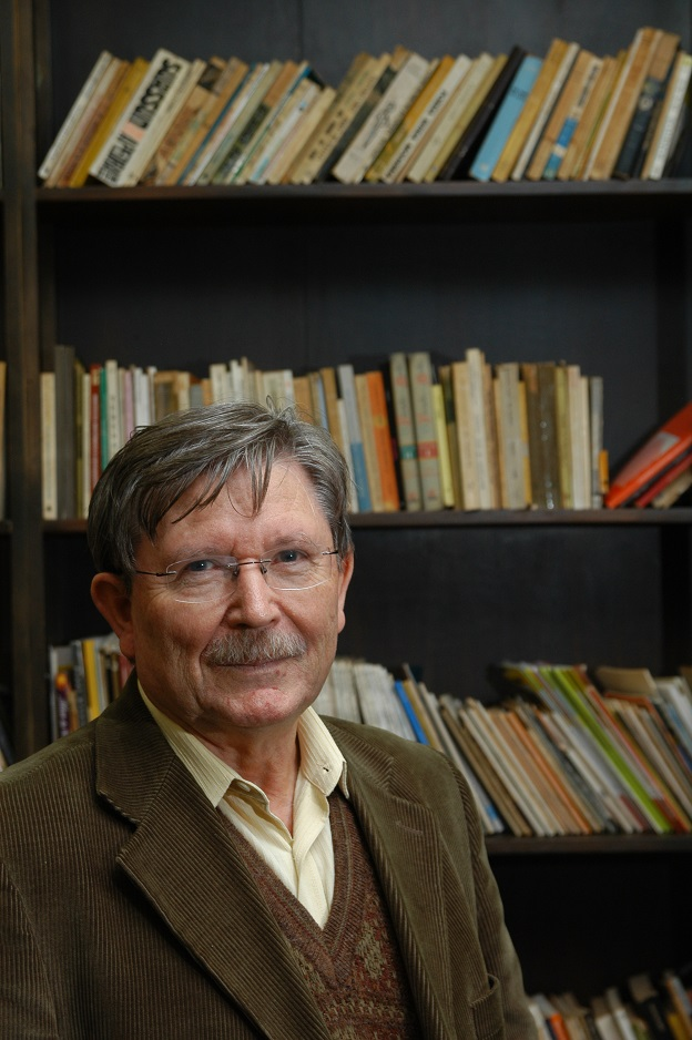 José Clemente Pozenato, autor de O caso do martelo