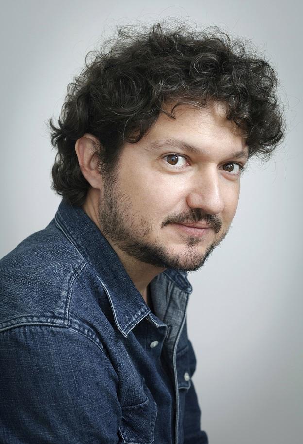 Fabrício Corsaletti, autor de Baladas