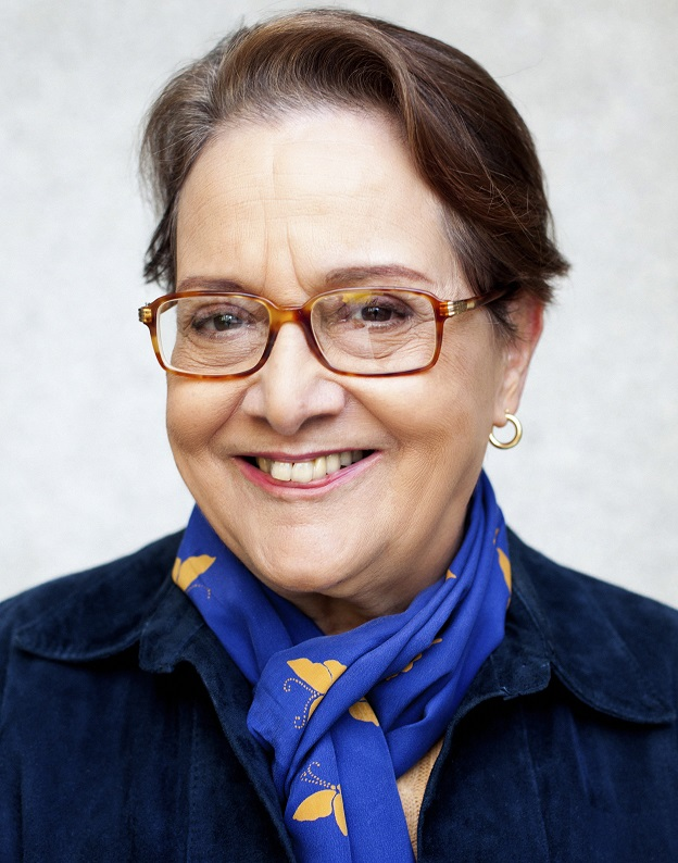 Leyla Perrone-Moisés, autora de Mutações da literatura no século XXI