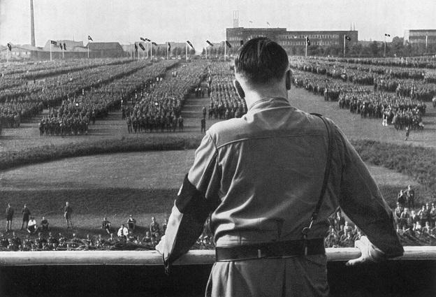 Hitler_204