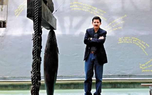 O poeta hondurenho Leonel Alvarado
