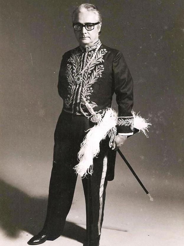 Francisco de Assis Barbosa , autor de A vida de Lima Barreto.