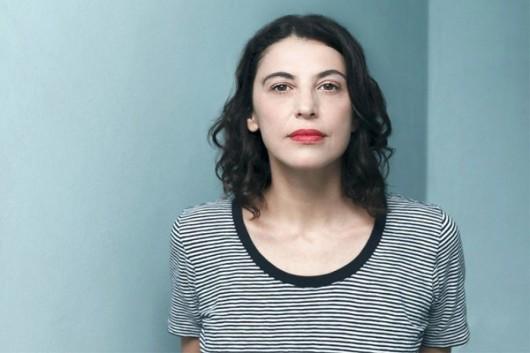 Giovana Madalosso, autora de Tudo pode ser roubado.