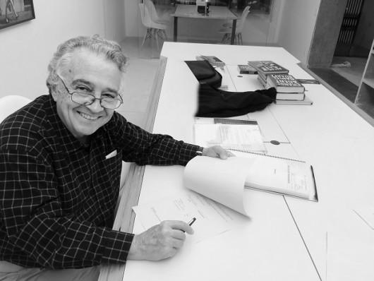 Edgard Telles Ribeiro,  autor de Uma mulher transparente.