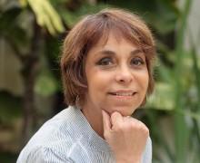 Marcia Camargos, autora de É chique morar em Paris?