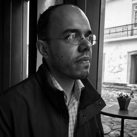 Caetano W. Galindo, autor de Sobre os canibais