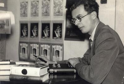 """Aldous Huxley, autor de """"Retorno ao Admirável mundo novo"""""""