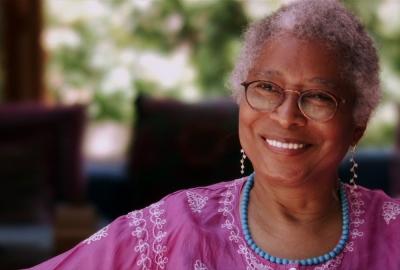"""Alice Walker, autora de """"Em busca dos jardins de nossas mães"""""""