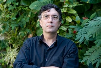 """Alonso Alvarez, autor de """"Meia-noite na biblioteca"""""""