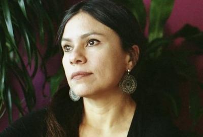 """Carola Saavedra, autora de """"O mundo desdobrável: ensaios para depois do fim"""""""