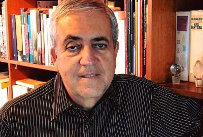 """José Castello, um dos idealizadores do projeto """"Extremos — Círculo de leituras de ficções radicais"""""""
