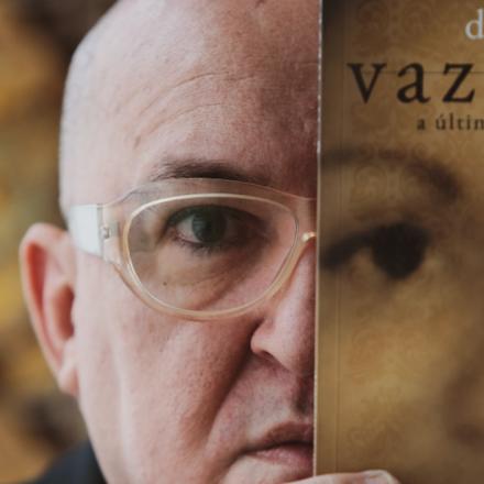 """Diógenes Moura, autor de """"Vazão 10.8 — A última gota de morfina"""""""