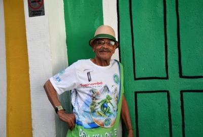 """Aluísio Machado, um dos perfilados no livro """"Três poetas do samba-enredo: compositores que fizeram história no carnaval"""""""