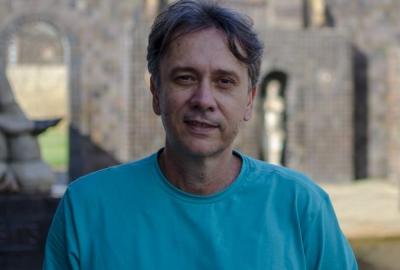 """Marcos Alexandre Faber, autor de """"A leitora de poesia"""""""