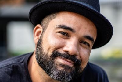 """Rodrigo Santos, autor de """"Carcará"""""""