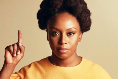 Chimamanda Ngozi Adichie, autora de