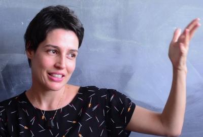 Flávia Péret, autora de