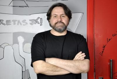 Marcelino Freire, que conduz a oficina